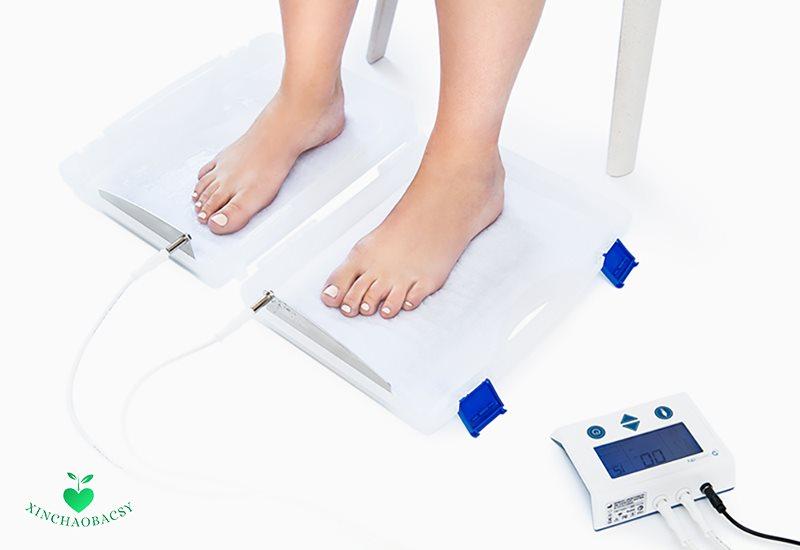 Cách chữa trị mồ hôi tay chân bằng điện di ion