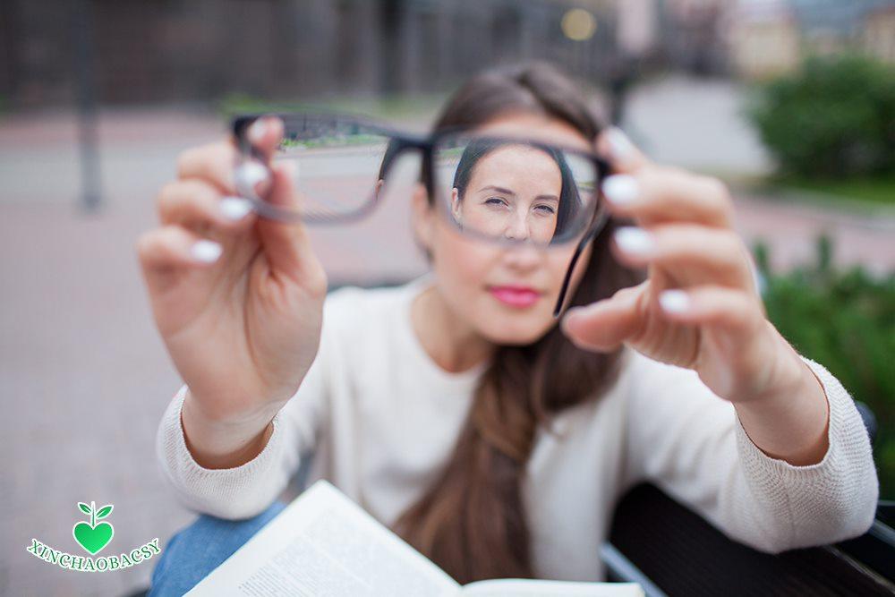 Hiện tượng mờ một bên mắt – Đừng chủ quan nếu không muốn mất thị lực