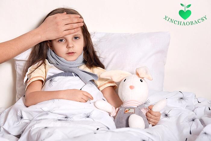Trẻ sốt bao nhiêu độ thì co giật? Có cách nào để ngăn chặn không?